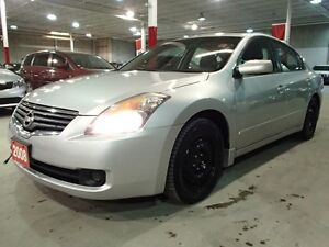 2008 Nissan Altima 2.5S AUTOMATIC** Free Winter Tires & Rims**