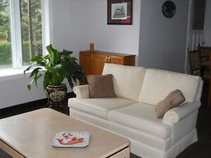 1 BEDROOM AVAILABLE NOW Cambridge Kitchener Area image 1