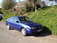 TOYOTA COROLLA VVTi GS 5 dr saloon. 2 lady owners. 2001 (51reg) Very clean, solid car.