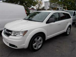 "2009 Dodge Journey SXT AWD ""4X4 "" V6 Tres-Rare"