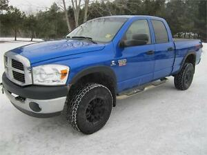 2007 Dodge Ram 2500 DIESEL 5.9 4X4 6 Passenger LOADED
