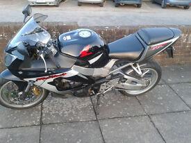 HONDA FIREBLADE 929cc 140 BHP 2000 LOW MILEAGE