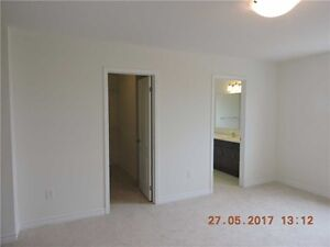 Prefect location Town house in Milton