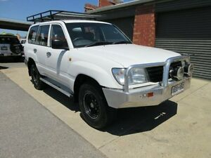2000 Toyota Landcruiser HZJ105R (4x4) White 5 Speed Manual 4x4 Wagon Holden Hill Tea Tree Gully Area Preview