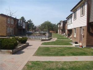 Valuable Condo Town House in Scarborough
