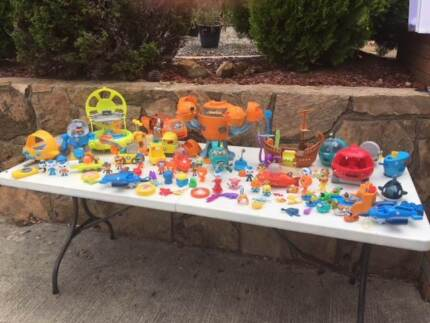 Garage Sale - huge toy clearout
