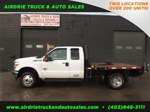 2013 Ford F-350 DRW XLT 4x4 Flat Deck Hide Away 5 Wheel Hitch !!