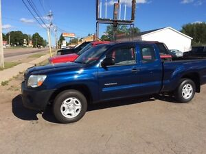 REDUCED $9995 TOYOTA TACOMA 2008 COMPARE  Truck