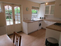 5 double bedrooms-3 bathrooms - next to island gardens dlr-available now-do not miss out