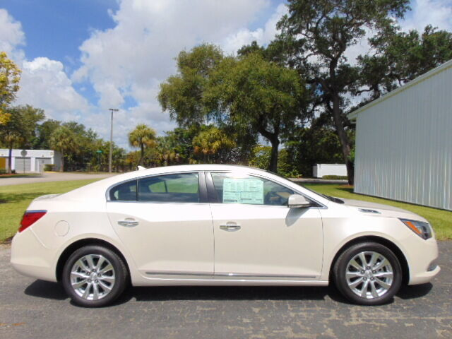 Buick : Lacrosse $14,000 OFF *$14,000 OFF MSRP* E-ASSIST HYBRID - NAVIGATION - HEATED LEATHER -
