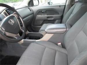 Honda Pilot EX 2006 with 8 Passengers, A perfect Family Car