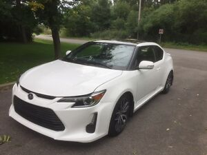 2014 Scion tC Coupe (2 door)