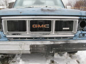 GMC Grille with 350 emblem
