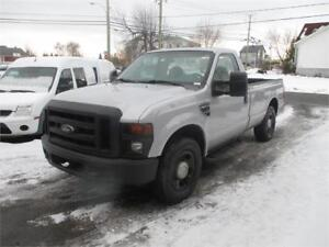FORD F-350 SD 2008 BOITE 8 PIEDS 2X4 FINANCEMENT MAISON