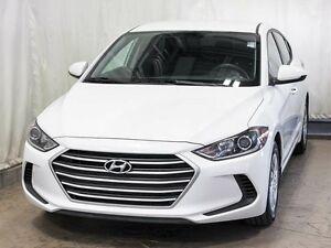 2017 Hyundai Elantra L Sedan Manual w/ LOW KMs, MP3/CD Player