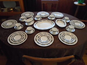 Vintage Wedgewood Asia Black Service For 8 plus Serving Pieces