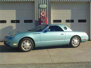 2002 Ford Thunderbird DELUXE W/ Matching Removable Hardtop
