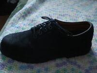Men:s shoes size 10
