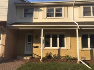 L-655 Albert St-Clean Townhome in Desirable Community
