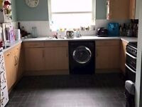 Large 2 bed FFF Balham looking for 2/3 bed South London