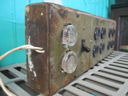 Vintage Electric Portable Fuse Circuit Panel Wth Wall Sockets STEAMPUNK Mancave
