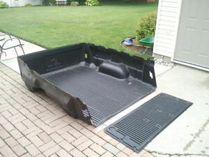 Toyota Tundra 6.5 ft box liner