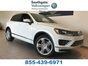 2017 Volkswagen Touareg Execline | Leather | NAV | Sunroof | Hea