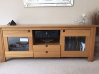 Solid Oak Sideboard in excellent condition