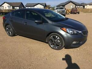 2016 Kia Forte EX only 6200 kms Finaning Warranty May 2021