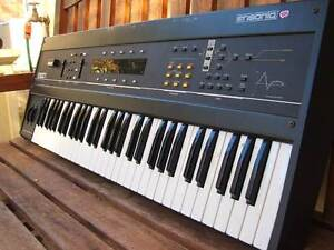 synthesizer ANALOGUE ensoniq ESQ1  vintage 70s sound Rhodes Canada Bay Area Preview