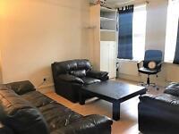 3 bedroom flat in Talgarth Mansions, Talgarth Rd, West Kensington