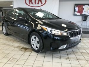 2017 Kia Forte LX+ FWD 2.0L *BLUETOOTH/CAMERA/HEATED CLOTH SEATS