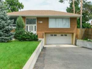 House available for Sale On Cawthra Road, Mississauga