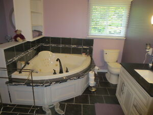 Lovely Home on Almost 3 Acres!! Peterborough Peterborough Area image 6