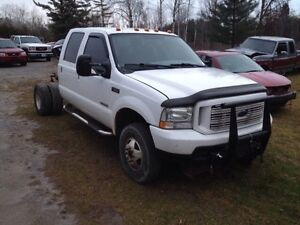 2004 F350 CREW SHORTBOX DUALLY 4x4 DEISEL COMPLETE OR PART OUT