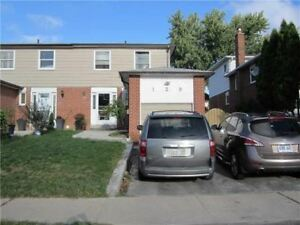 4 Bed 3 Bath in Brampton (WHOLE HOUSE) PLEASE READ WHOLE AD!