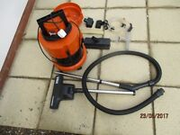 VAX wet and dry vacuum cleaner in excllent condition