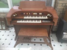 FREE!!! Classic Thomas Electric Organ 1970s (COLLECTION ONLY), with original stool