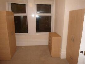 Tripple room available in Bromley - BR1 3JL