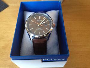 Brand New Pulsar Mens Sport Watch - Silver/Brown -Make an OFFER