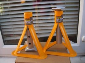 Halfords Two Tonne Axle Stands - - - £7 - - -