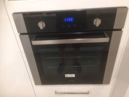 Omega wall oven  very good 'as new' condition; surplus to need
