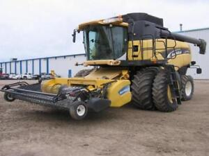 2006 NEW HOLLAND CX840 COMBINE