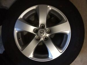 2013 Toyota Sienna alloy rim mount on michelin primacy mxv4 tire