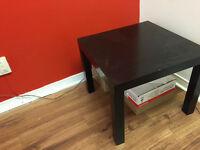 2 tables ikea en excellente conditions!