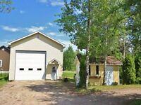 Garage industriel avec porte de 14X14