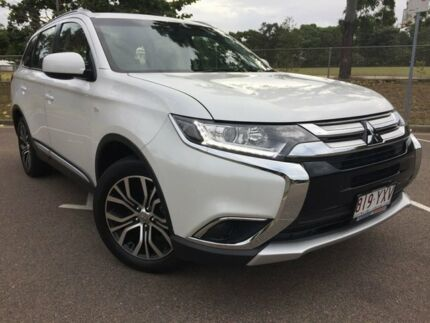2017 Mitsubishi Outlander ZL MY18.5 ES 2WD White 6 Speed Constant Variable Wagon Townsville Townsville City Preview