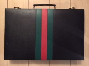 Beautiful VINTAGE Backgammon Set featuring Gucci colors
