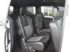 2015 CHRYSLER TOWN & COUNTRY S, LOWEST PRICED PERIOD!! V6, LEAT Edmonton Edmonton Area image 6