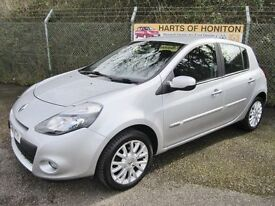 Renault Clio 1.2 Dynamique Tom TomTCE 5DR (mercury silver) 2011